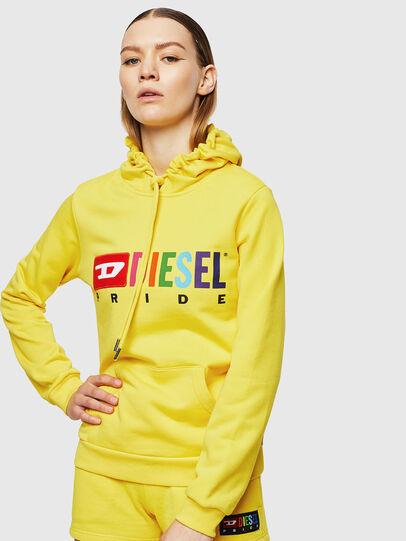 Diesel - UFLT-BRANDALWZ, Yellow - Sweaters - Image 1