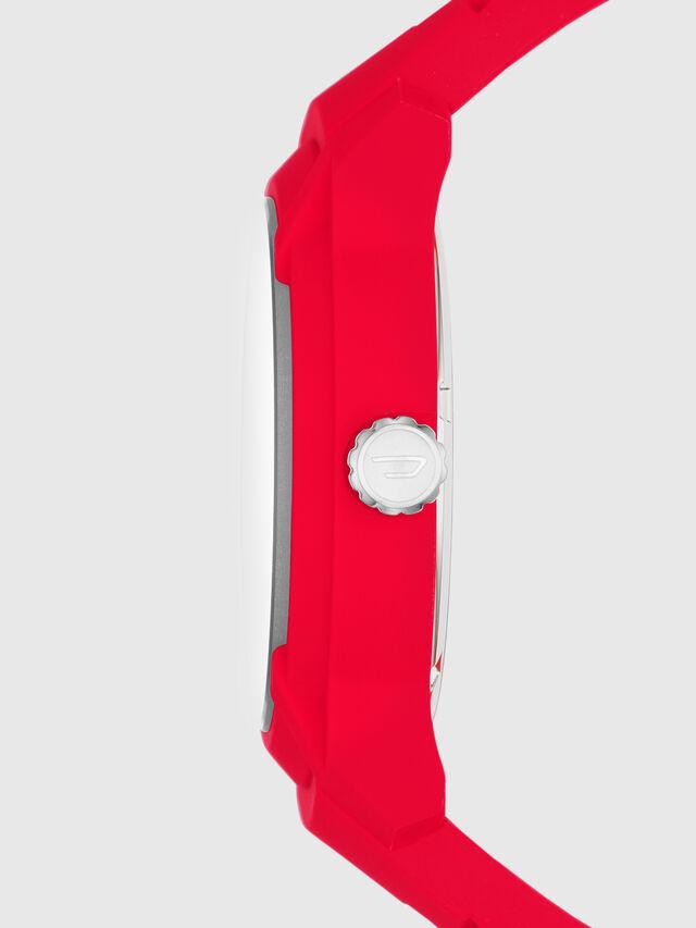 DZ1820, Red