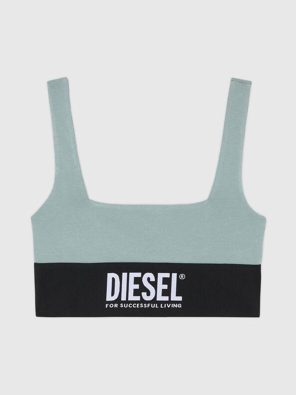 https://ru.diesel.com/dw/image/v2/BBLG_PRD/on/demandware.static/-/Sites-diesel-master-catalog/default/dw43a8fc2c/images/large/A01952_0DCAI_5BQ_O.jpg?sw=594&sh=792