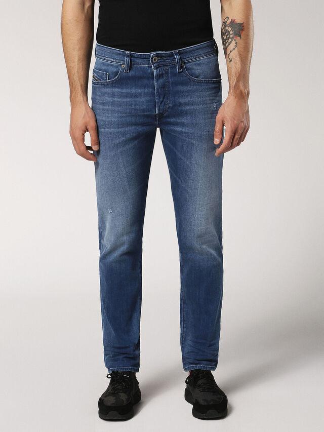 BUSTER 084QQ, Blue jeans