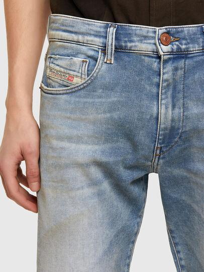 Diesel - D-Strukt JoggJeans® 069UU, Light Blue - Jeans - Image 3