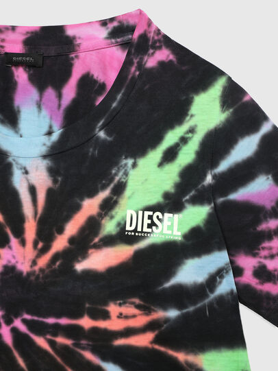 Diesel - BFOWT-TAIS, Black/Pink - Out of water - Image 3