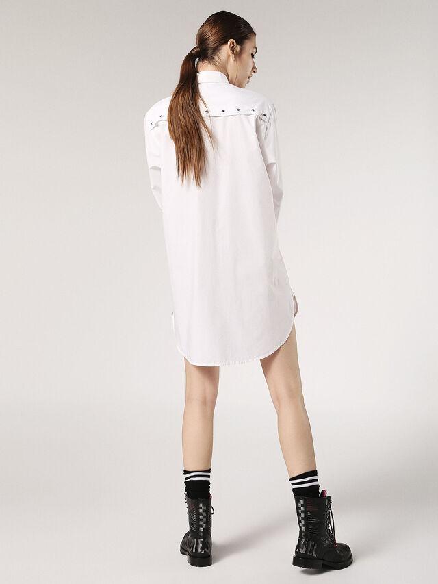 D-BLEA-A, White