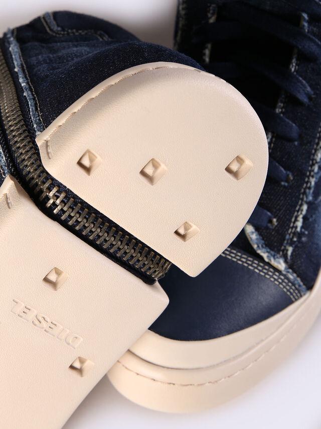S-NENTISH, Blue Jeans