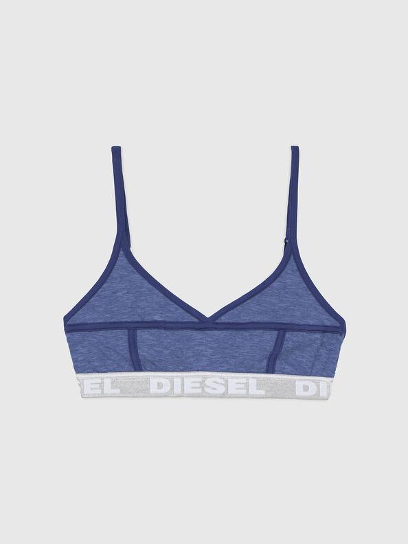 https://ru.diesel.com/dw/image/v2/BBLG_PRD/on/demandware.static/-/Sites-diesel-master-catalog/default/dw92037d20/images/large/A03195_0QCAY_8AR_O.jpg?sw=594&sh=792