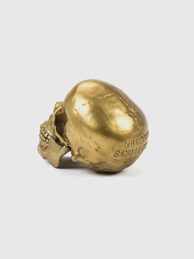 10891 Wunderkammer, Gold